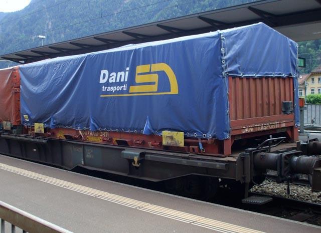 dani autotrasporti treno merci casse